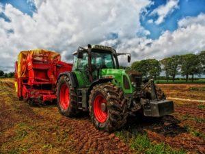 أدوات الزراعة